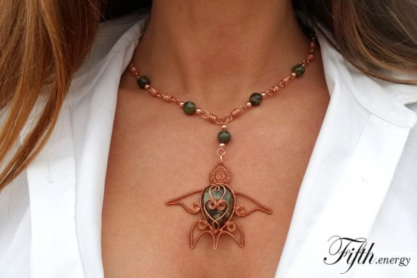 Fifth Energy Jewelry Sea Turtle - Dragons Blood Jasper necklance
